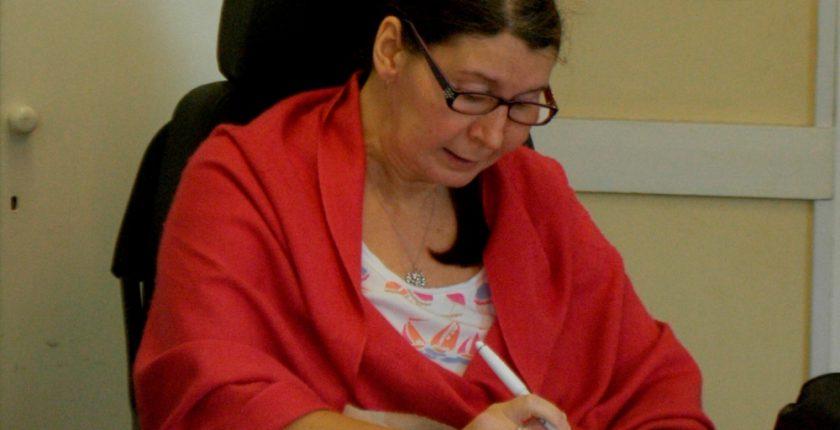 Woman in an Italian course