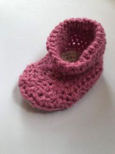 Pink crochet baby bootie